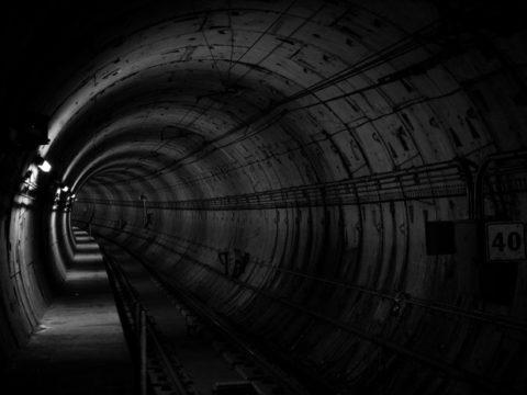 tunnel 690513 1280